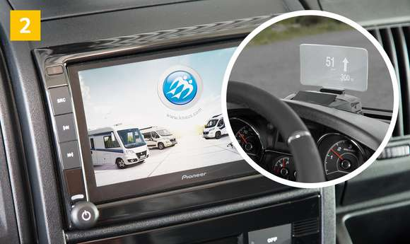 Headup Display & Navigationssystem mit Campingsoftware KNAUS Wohnmobil
